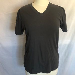 GAP v-neck t-shirt